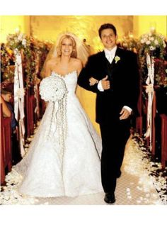 We love Jessica Simpson because she stuck by her beliefs for her first wedding   www.bridentitycrisis.com