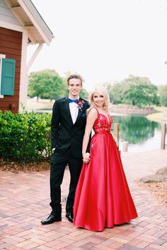 Prom Pictures, Graduation Pictures, Dance Pictures, Bridesmaid Dresses, Prom Dresses, Formal Dresses, Wedding Dresses, Prom Suit Jackets, Picture Poses