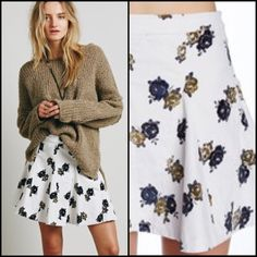 "✨HP✨ Free People Good Day Sunshine Mini Skirt Good Day Sunshine Mini Skirt | Side zip and button closure | Pleated construction | Allover floral print | Approx 16"" length 