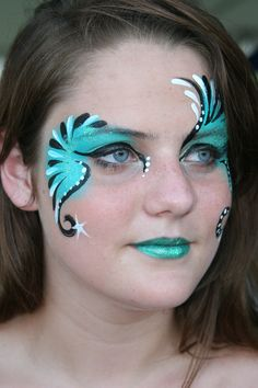 # Make-up # Schmetterling # Schmetterlings-Make-up - Top MakeUp Trends 2020 Face Painting Tips, Adult Face Painting, Eye Painting, Face Painting Designs, Painting For Kids, Dance Makeup, Carnival Makeup, Acrylic Paint Set, Too Faced