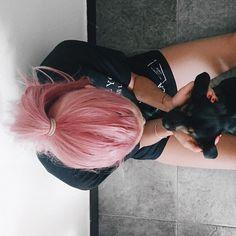 Coccole  Che caldo che fa oggi!!!! Vorrei una piscina in cui tuffarmiiiii subito!!!!!  #ChiaraLosh #Elle #dog #pet #animal #animals #love #family #home #kiss #girl #pink #pinkhair #hair #haircolor #hairstyle #crazyhair #puppy #summer #pet #pets #lovely #life