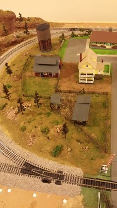 Whittemore HO Scale Train Table - Farm Layout - June 2014