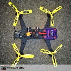 Luke's Vortex Pro, signed by all of the pilots. It was a pleasure to meet and hang out with all of these guys at the DR1 invitational. #dr1 #drone #mountaindew #racing #epic #hqprops #immersionrc #rotorriot #fpv #fpvlife#binaryfpv #repost