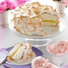 Lemon Meringue Angel Cake Recipe from Taste of Home ~ This angel food cake tastes almost like a lemon meringue pie and each slice is virtually fat free. Lemon Meringue Angel Cake Recipe is shared by Sharon Kurtz of Emmaus, Pennsylvania. Angel Cake, Angel Food Cake, Lemon Desserts, Köstliche Desserts, Cupcakes, Cupcake Cakes, Cake Recipes, Dessert Recipes, Gateaux Cake