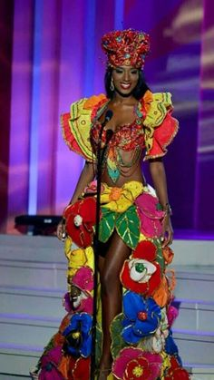 Miss univers 2015 costumes nationaux. Miss Univers 2015, Miss Universe Costumes, Miss Universe National Costume, Costume Africain, Costume Ethnique, Black Girl Magic, Black Girls, Beautiful Black Women, Beautiful People