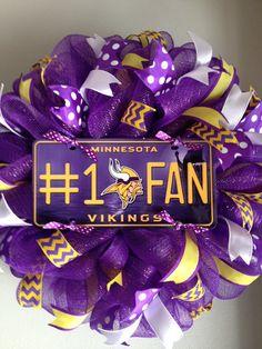 Minnesota Vikings Wreath by ThisnThatWreaths on Etsy