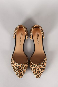 Breckelle Leopard Pointy Toe Flat Source by liniscamacho Shoes flat I Love My Shoes, Fancy Shoes, Crazy Shoes, Cute Shoes, Me Too Shoes, Sneakers Mode, Sneakers Fashion, Fashion Shoes, Leopard Shoes Outfit