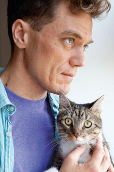 Michael Shannon and feline Crazy Cat Lady, Crazy Cats, I Love Cats, Cool Cats, Celebrities With Cats, Celebs, Men With Cats, Animal Gato, Michael Shannon