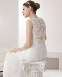 7B107 PLANETA | Wedding Dresses | 2015 Collection | Alma Novia (back)