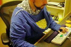 Lifehack: Turn Your Hoodie Into A Popcorn Holder