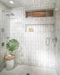 """10.6 mil Me gusta, 75 comentarios - Interior Design   Home Decor (@the_real_houses_of_ig) en Instagram: """"Who doesn't love a big shower?!   by Nathan Taylor, location: Missouri   #masterbathroom…"""""""