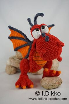 Crochet Pattern - Drew the Dragon - English Version New IlDikko Amigurumi Pattern: Drew the Dragon Have a nice crocheting time!New IlDikko Amigurumi Pattern: Drew the Dragon Have a nice crocheting time! Amigurumi Tutorial, Crochet Amigurumi, Amigurumi Patterns, Crochet Dolls, Amigurumi Toys, Crochet Animal Patterns, Stuffed Animal Patterns, Crochet Animals, Crochet Dinosaur