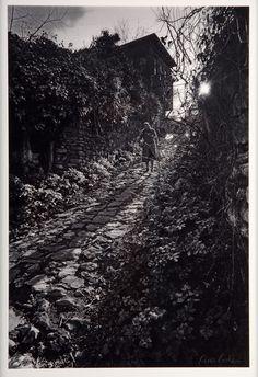Ara Güler, Kandilli'de eski bir yokuş, 1985