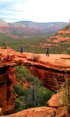 Devils Bridge, Sedona, Arizona   A1 Pictures You can only live here if you are filthy rich. Not kidding was amazed at what houses cost. Another beautiful place to visit.