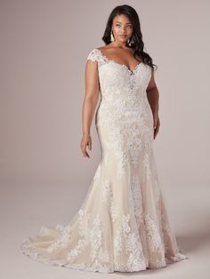 Rebecca Ingram - DAPHNE LYNETTE Plus Size Fit-and-Flare Wedding Dress. For the curvy bride with an eye for detail—a lace fit-and-flare wedding dress, tailored to perfection. Maggie Sottero Wedding Dresses, Fit And Flare Wedding Dress, Wedding Dress Trends, Wedding Dress Sleeves, Wedding Dress Styles, Designer Wedding Dresses, Bridal Dresses, Reception Dresses, Dress Lace