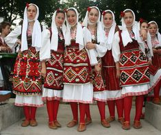 Folk costumes of Skopska Blatija, Macedonia Macedonia, Albania, Costume Ethnique, Beauty Around The World, Folk Fashion, Tribal Fashion, Folk Dance, Beautiful Costumes, Folk Costume