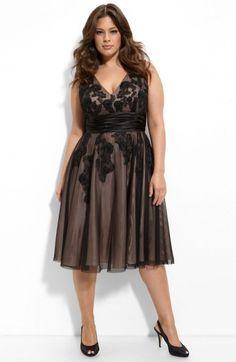 Super Moda Casual Plus Size Ashley Graham Ideas Curvy Girl Fashion, Plus Size Fashion, Plus Size Dresses, Plus Size Outfits, Dress Skirt, Dress Up, Dress Outfits, Fashion Dresses, Looks Plus Size