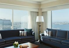 Make your getaway to Renaissance Boston Waterfront Hotel, a premier luxury destination located in Boston's vibrant Seaport District. Hampton Inn, Smoking Room, Hotel Deals, Queen Beds, Good Night Sleep, Bed Spreads, Hotel Offers, Living Area