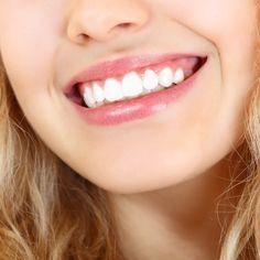Vypláchnuť si ústa olejom na prázdny žalúdok – jedno zo starovekých ajurvedských praktík. Keby sme tento postup vykonávali každý deň od nášho detstva, zubári by nemali čo robiť. Tajomstvom lipidov …