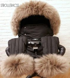 Winterkit + sheepskin for Stokke, Trailz, Crusi Baby Necessities, Baby Essentials, Stokke Trailz, Casa Anime, Baby Buggy, Baby Prams, Baby Jewelry, Baby Swings, Baby On The Way