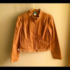 """To the Max! sand colored women's motorcycle jacket Brand new, tags still attached """"to the max!"""" Sand colored women's motorcycle jacket.  Jacket is a women's size medium.  It is 97% cotton and 3% spandex so there a nice stretch to the jacket giving it a flattering fit.  Jacket has a microfiber texture to it. To the max Jackets & Coats"""