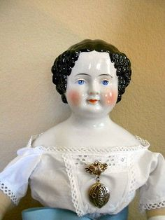 BEAUTIFUL-ANTIQUE-CHINA-HEAD-DOLL-27-TALL