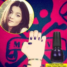 Check out Kylie Jenner's deep purple nails-- so dramatic!
