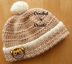 Free baby crochet pattern for newborn beanie hat, part of the woodland collection. #crochet