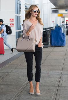 It's Not a Mystery Why Givenchy Keeps Giving Bags to Rosie Huntington-Whiteley