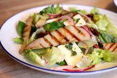 Pear, brie & thyme salad Brie, Cobb Salad, Pear, Food, Essen, Meals, Yemek, Eten, Bulb