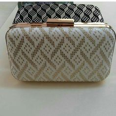 Tel kırma çanta Vintage Accessories, Bag Accessories, Moda Emo, Bargello, Piercings, Basket Weaving, Wallets For Women, Clutch Bag, Fashion Bags