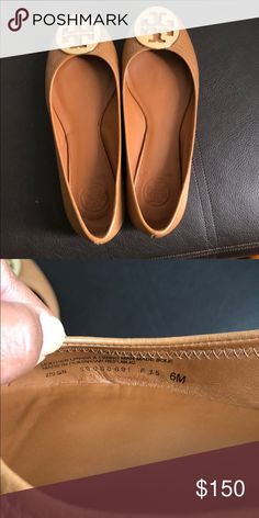 Tory Burch Nude Flats Beautiful nude pair of Tory Burch flats! Like new condition and comes with shoe bag. Tory Burch Shoes Flats & Loafers