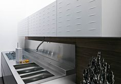 Kitchen cabinet - Riciclantica from Valcucine