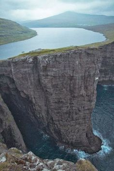 Lake Sorvagsvatn/Leitisvatn in the Faroe Islands, Denmark.  A stunning lake hanging above the ocean!
