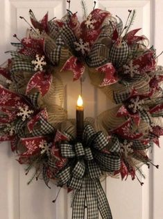 Unordinary Rustic Christmas Decorations And Wreaths Ideas. Rustic christmas style looks very sweet and cozy it s inviting and exactly what you need to relax after a Christmas Wreaths To Make, Noel Christmas, Holiday Wreaths, Rustic Christmas, Winter Wreaths, Elegant Christmas, Holiday Ideas, Outdoor Christmas, Christmas Wreaths Diy Ornaments