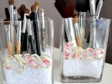 Simple DIY Makeup Brush Storage | Shelterness
