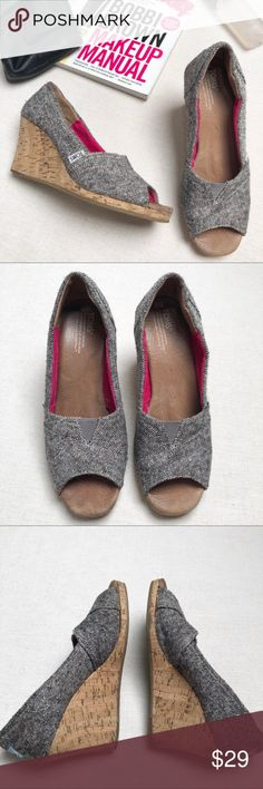 a0206c90d0c Toms Tweed Wedges sz 6 Wedges from Toms in a tweed style. Black and white  tweed gives a grey look with hits of pink and some modest sparkle.
