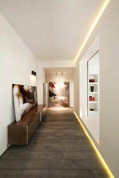 éclairage indirect plafond pour le couloir