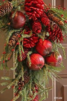 Rustic Christmas - Click image to find more Holidays & Events Pinterest pins