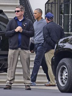 Obama departs the White House for a round of golf at