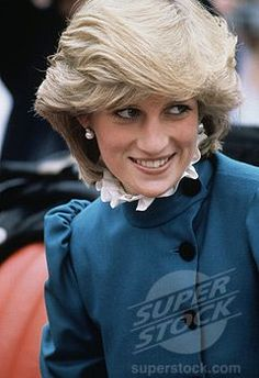 Princess Diana Hair, Princess Diana Pictures, Prince And Princess, Princess Of Wales, Real Princess, Princesa Diana, Most Beautiful Women, Beautiful People, Diana Williams