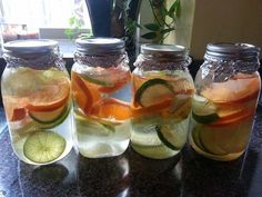 Body flush and detox water. 1 cucumber 1 lemon 1 or 2 oranges 2 limes 1 bunch mint Slice & divide into oz. Fill with water. Fill jar throughout the day. aid in absorption of sugars calcium and cut down cravings for swe Sugar Detox Recipes, Water Recipes, Detox Drinks, Healthy Drinks, Healthy Recipes, Healthy Food, Fresco, Mint Slice, Healthy Life