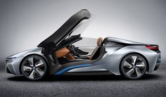 BMW i8 Concept Spyder gull-wing doors