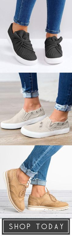Jullymart Comfy & Cute comfy cute shoes comfy cute shoes comfy Source by Shoes Comfy Shoes, Cute Shoes, Me Too Shoes, Comfortable Shoes, Summer Outfits, Cute Outfits, Winter Outfits, Lace Up Flats, Swagg