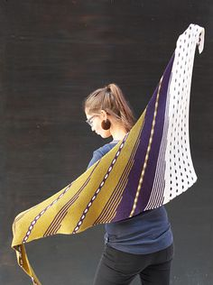 Ravelry: Colour Spotting pattern by Jana Huck Shawl Patterns, Crochet Patterns, Blue Sky Fibers, Ravelry, Christmas Knitting Patterns, Dress Gloves, Paintbox Yarn, Yarn Brands, Red Heart Yarn