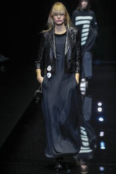 See the complete Emporio Armani Fall 2017 Ready-to-Wear collection.