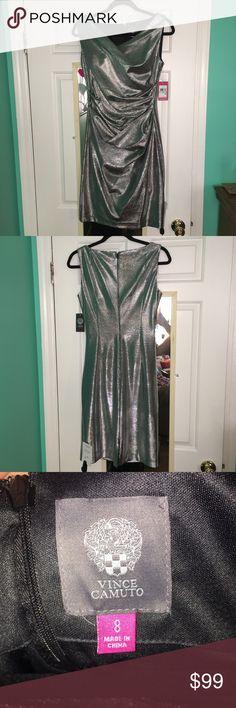 NWT Vince Camuto metallic bodycon dress NWT Vince Camuto metallic dress size 8 Vince Camuto Dresses Midi