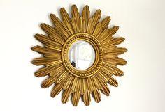 Reserved for Vineta Vintage Gold Sunburst Mirror  por CrolAndCo