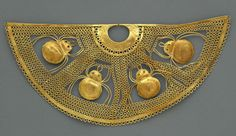 Salinar culture of Peru, Nose ornament with spiders, 1st century BCE-1st CE (source).