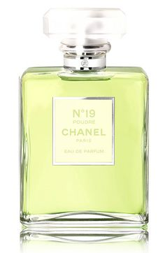 This luminous re-imagining of Coco Chanel's signature scent—named N°19 in honor of her birth date, August 19, 1883—reveals a bold fragrance with a daring combination of crisp green notes and powdery iris.
